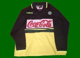 2001/02, formação do Sporting. Camisola alternativa de mangas compridas, usada em jogo