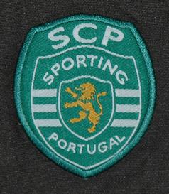 Equipamento alternativo usado em jogo por Adrien Silva enquanto iniciado