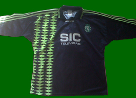 Goal keeper kit of Tiago in his first year in Sporting Lisbon 1995 96