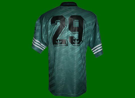 1996/97. Camisola alternativa de jogo do César Ramirez