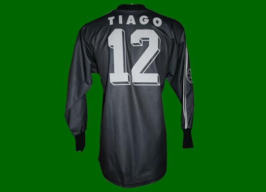 1997/98. Camisola de guarda-redes de jogo do Tiago