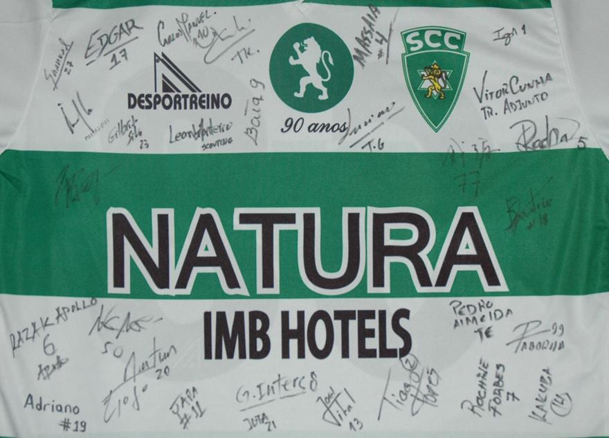Camisola de jogo do Tianvi, com um muito obrigado ao Luís Gomes e Paulo Silva