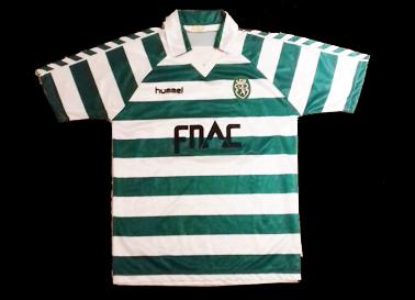 1988/89. Camisola de jogo do Sporting Hummel listada, patrocínio FNAC
