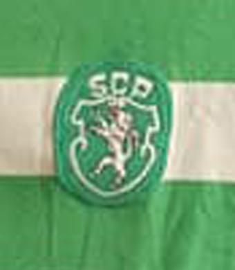 1982/83. Camisola do Jordão, trocada com o jogador do Benfica Shéu