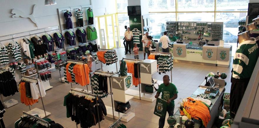 A Loja Verde em Alvalade, onde se podem comprar equipamentos e camisolas do Sporting
