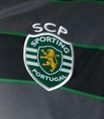 2015/16. Camisola de jogo preta do Sporting, do Ruben Ribeiro, da segunda Liga