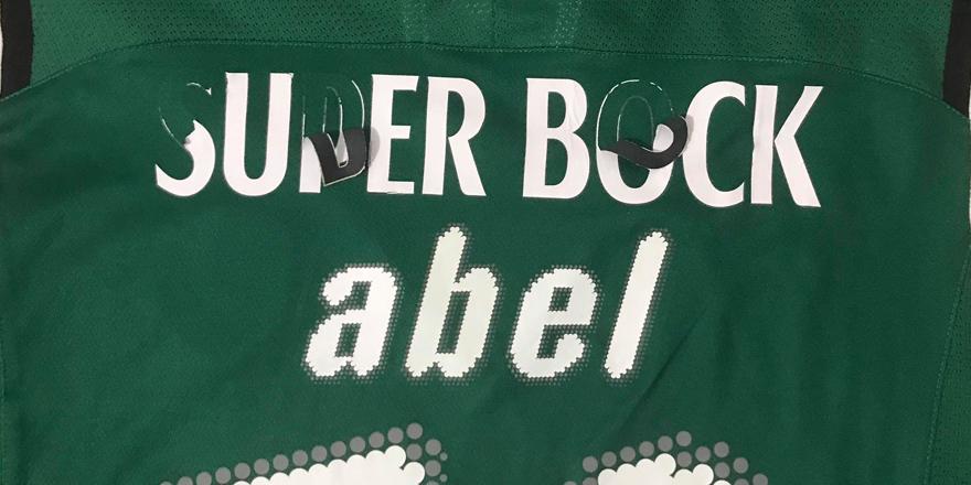 camisola do Abel, no estado original