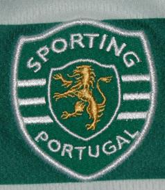 2009/2010. Equipamento listado de jogo do Sinama Pongolle, um dos piores jogadores do Sporting