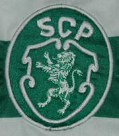 2013/14. Equipamento oficial do Sporting com homenagem à Taça das Taças. Adquirido na Loja Verde