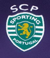 Equipamento alternativo 2013/14 do Sporting, roxo com patrocínio Moche