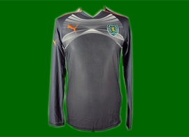 Black Sporting goal keeper football shirt 2010 2011 replica