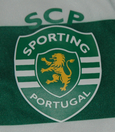 2011/2012. Small child mini kit, with plastic/rubber Sporting Lisbon lion crest