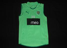 Sleveless training kit of Sporting Portugal football player Yannick Djalo 2009/10