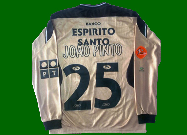 Golden shirt of golden boy João Pinto