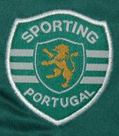Sporting Portugal Lisbonne 2004 2005 maillot porte Stromp UEFA final logo
