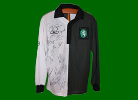 centenary shirt signed by players Sporting Lisboa