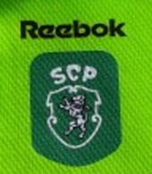 Peter Schmeichel equipamento de criança do Sporting campeão nacional 99 2000