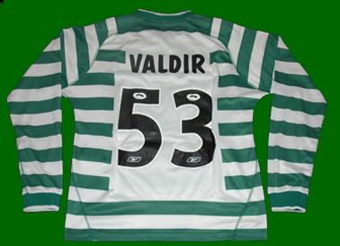 2003/2004. Camisola de jogo da equipa B do Sporting, do Hugo Valdir