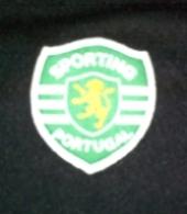 Equipamento de guarda-redes do Centenário do Sporting, personalizada Nélson e assinada pelo próprio Nélson