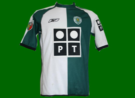 Stromp shirt of Joao Pinto, short sleeves. It has the patch of the previous season