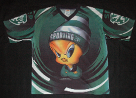 Adult XL shirt, Sporting Lisbon official product licensed by Warner Brothers 1999, looney toons: Piu-Piu (tweety)