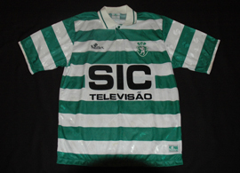Sporting Lisbon top made by Saillev with sponsor SIC TV