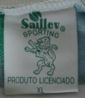 Camisola Saillev com patrocínio SIC Televisão e etiqueta Saillev normalíssima