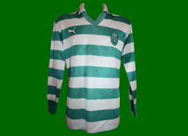 Match worn top by Nogueira in the Cup final, where Nogueira was a used sub. Very rare Puma make