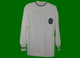 De 1965/66 até ao início dos anos 1970. Camisola do Sporting alternativa branca, muito rara, do Peres