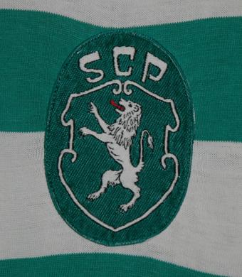 1977/78. Camisola do Keita