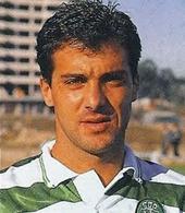 as camisolas do jogador do Sporting Carlos Xavier