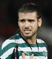 camisola do jogador de futebol do Sporting Miguel Veloso