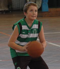 Camisola de jogo da equipa sub-12 de basquetebol masculino do Sporting, de Paul B. Tamanho 16 anos