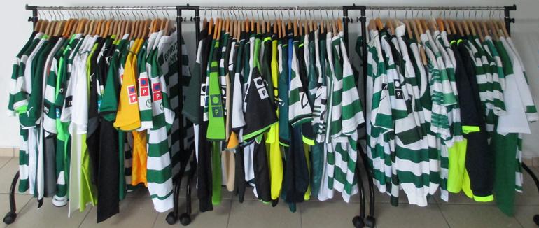 Colecção de equipamentos e camisolas do Sporting Clube de Portugal
