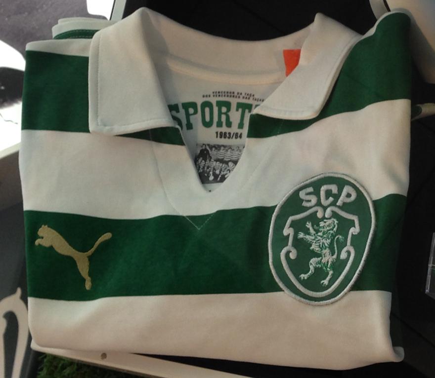 Edição de luxo limitada da camisola comemorativa da Taça das Taças