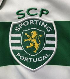 2015/16. Camisola contrafeita do Adrien Silva