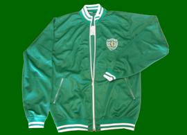 Blusão contrafeito do Sporting comprado em 2012, provavelmente produção nacional