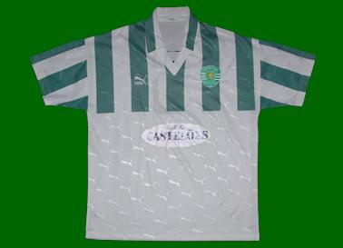 Patrocínio Castelões de 1994/95, marca Puma, emblema de 2001/02