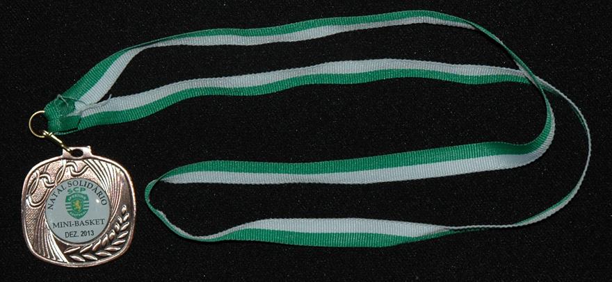 medalha da festa de Natal do basquetebol do Sporting