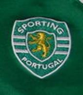 Camisola de treino de andebol do Sporting, do jovem juvenil Gonçalo Valério