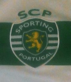 Camisola do Sebastián Coates usada na segunda parte do jogo contra o Arouca de 19/03/2016. As camisolas foram leiloadas, com a verba a reverter para a Missão Pavilhão