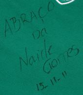 camisa de treino dada pela Naide Gomes e assinada com dedicatoria