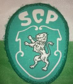 Início dos anos 1990, camisola adquirida na Loja Verde
