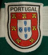 Old shirt, make Malhas Carne, Guimarães