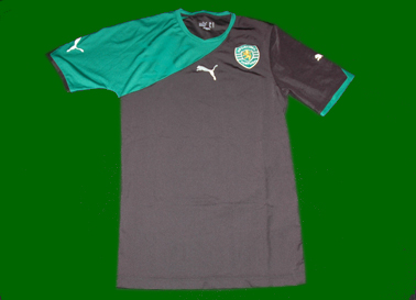 Sporting Puma 2010/11. In this sample it is a stretch fabric, so the shirt is much tighter than normal