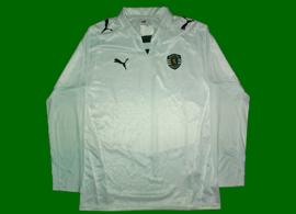 Equipamento alternativo do Sporting sem patrocínio, de mangas compridas 2008/09